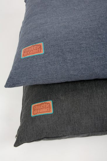 Snuggle Dreamer Dogpillow Denim Look