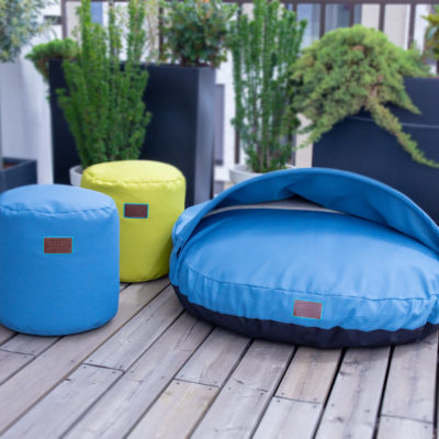 snuggle-dreamer-outdoor-hundehoehle_picknicker-blau-hocker-Siton